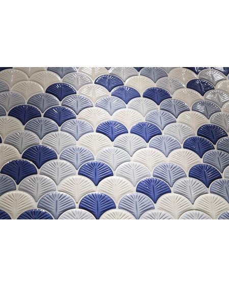 modrý obklad ve tvaru rybí šupiny Scale Shell Blue 30,7x30,7 cm