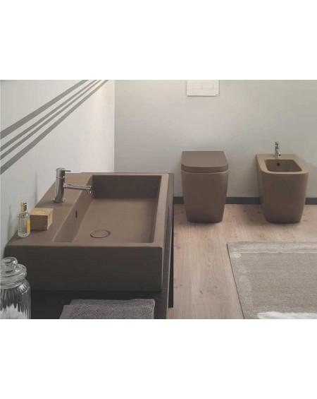 Sanitární set Clasic barevné provedení Castagno výrobce Globo colore barevná toaleta bidet umyvadlo sanitární keramika