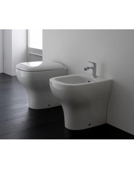 Stojící wc toaleta Genesis 51cm s poklopem Softclose výrobce Globo materiál porcelán CERASLIDE® maxiclean antibak. Colore white